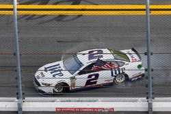 Брэд Кеселовски, Team Penske Ford Fusion празднует победу