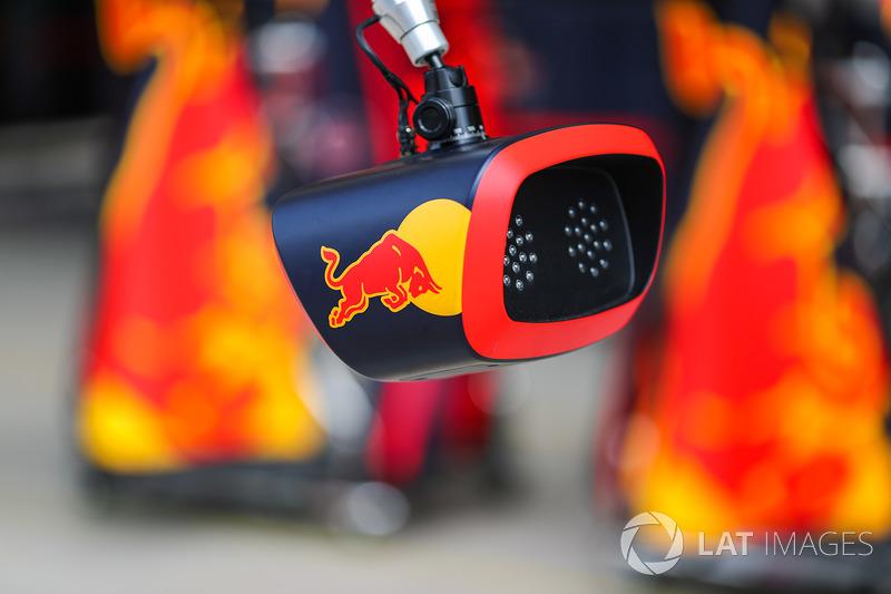 Red Bull Racing pit stop ışığı