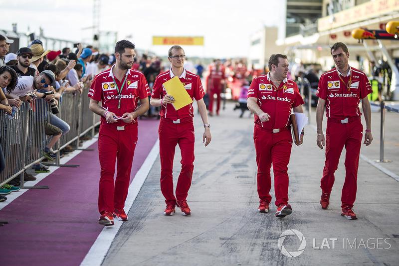 Dave Greenwood, Ferrari ingeniero de carrera