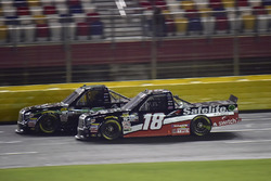 Brett Moffitt, Hattori Racing Enterprises, Toyota Tundra, Noah Gragson, Kyle Busch Motorsports, Toyota Tundra Safelite AutoGlass