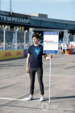 Un grid kid de Audi Sport ABT Schaeffler