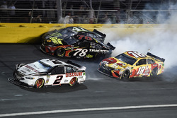 Crash: Brad Keselowski, Team Penske, Ford Fusion Discount Tire, Martin Truex Jr., Furniture Row Racing, Toyota Camry 5-hour ENERGY/Bass Pro Shops, Kurt Busch, Stewart-Haas Racing, Ford Fusion Monster Energy, Kyle Busch, Joe Gibbs Racing, Toyota Camry M&M's Red Nose Day