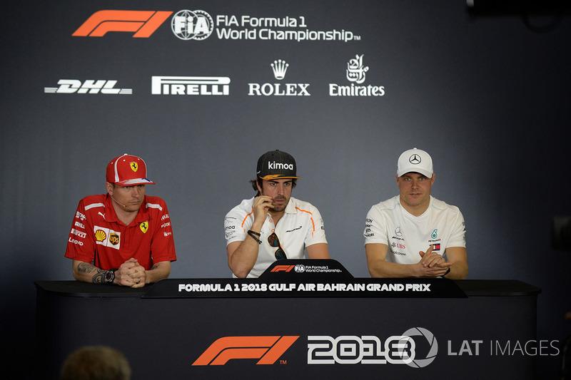 Kimi Raikkonen, Ferrari, Fernando Alonso, McLaren and Valtteri Bottas, Mercedes-AMG F1 in the Press Conference