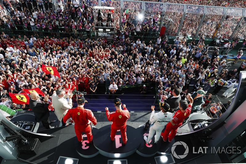 Podyum: Yarış galibi Sebastian Vettel, Ferrari, 2. Lewis Hamilton, Mercedes AMG F1, 3. Kimi Raikkonen, Ferrari