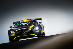 #55 Strakka Racing Mercedes AMG GT GT3: Nick Leventis, Lewis Williamson, Cameron Waters, David Fuman
