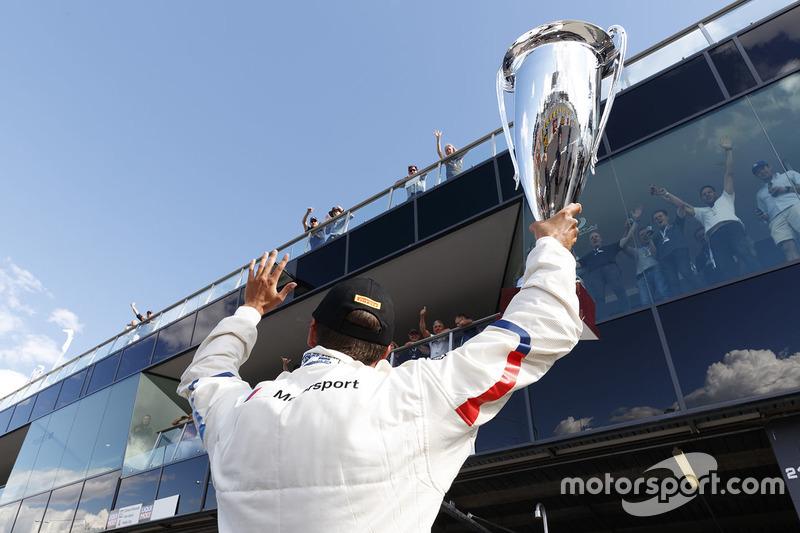 Poleman Chaz Mostert, BMW Team Schnitzer