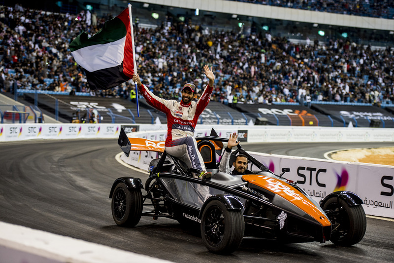 Khaled Al Qubaisi, Khaled Al-Qassimi de equipo de los Emiratos Árabes Unidos