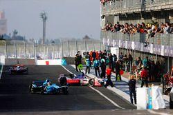 Sébastien Buemi, Renault e.Dams, Felix Rosenqvist, Mahindra Racing, Sam Bird, DS Virgin Racing, in t