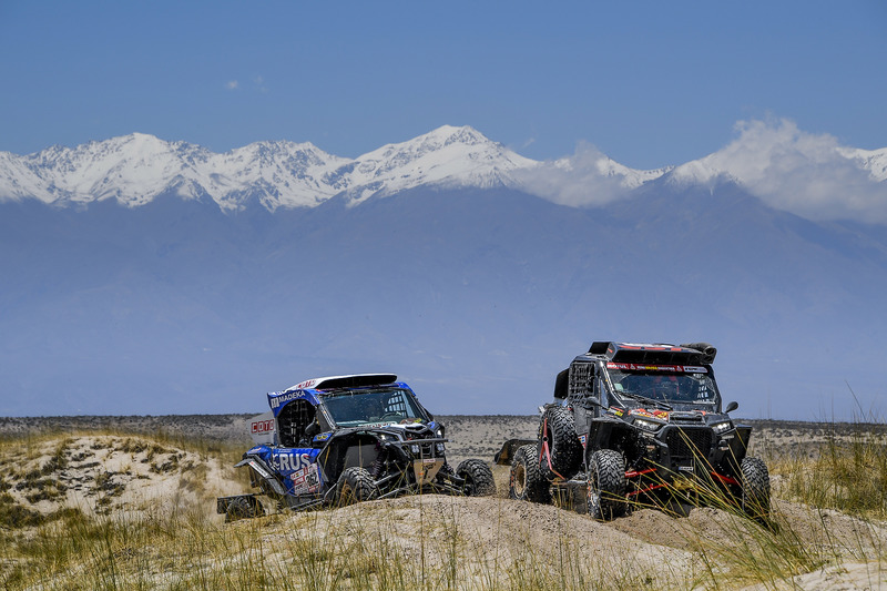 #361 Polaris: Патріс Гарруст, Стівен Грінер, #362 South Racing Can-Am Team: Леонель Ларраурі, Фернандо Імператріс