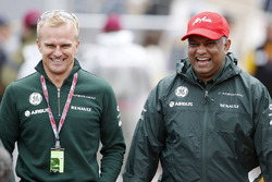 Heikki Kovalainen and Tony Fernandes, Co-Chairman, Caterham Group
