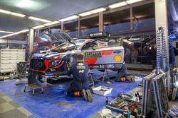 Hyundai Motorsport team area