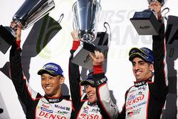 Podium: race winners Sébastien Buemi, Anthony Davidson, Kazuki Nakajima, Toyota Gazoo Racing