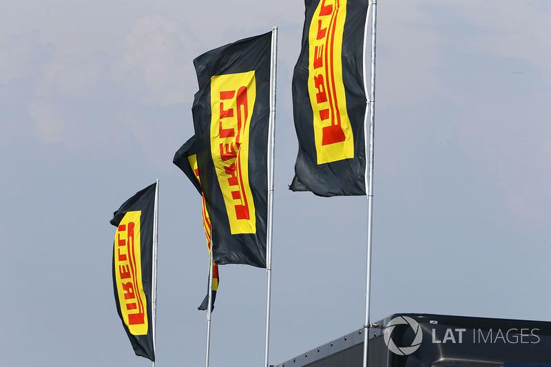 Pirelli flags