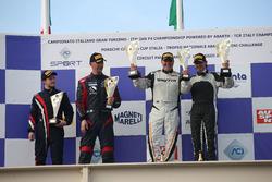 Podio Gara 1 GT4, Magnoni-Gardelli, Marchetti-Kauppi