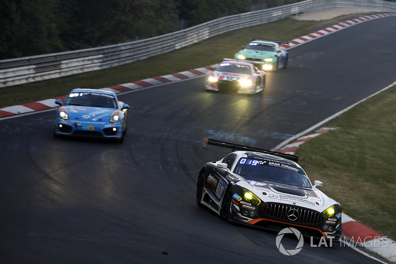 #11 AutoArena Motorsport Mercedes-AMG GT3: Patrick Assenheimer, Clemens Schmid, Jeroen Bleekemolen, Raffaele Marciello