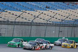 Noah Gragson, Kyle Busch Motorsports, Toyota Tundra Safelite AutoGlass Ben Rhodes, ThorSport Racing, Ford F-150 Alpha Energy Solutions