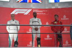 Valtteri Bottas, Mercedes-AMG F1, Lewis Hamilton, Mercedes-AMG F1 and Kimi Raikkonen, Ferrari on the podium