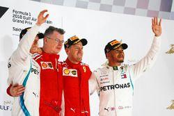 Valtteri Bottas, Mercedes AMG F1, tweede plaats, Sebastian Vettel, Ferrari, eerste plaats en Lewis H