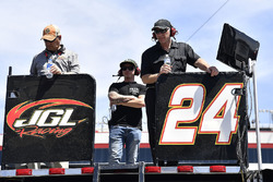 Kaz Grala, JGL Racing, Ford Mustang NETTTS equipo y vistantes