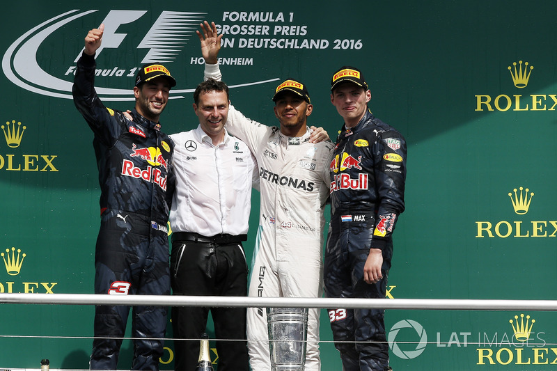 2016: Race winner Lewis Hamilton, Mercedes AMG F1; second place Daniel Ricciardo, Red Bull Racing; third place Max Verstappen, Red Bull Racing