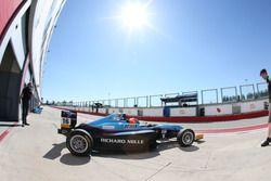 Gregoire Saucy, Jenzer Motorsport, lascia il garage
