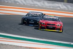 Anthony Kumpen, PK Carsport Chevrolet leads Borja Garcia, Alex Caffi Motorsport Ford