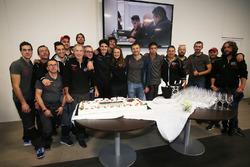 Alessio Rovera, Tsunami RT, festeggia la vittoria della Porsche Carrera Cup 2017