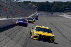 Daniel Suarez, Joe Gibbs Racing, Toyota Camry STANLEY, Denny Hamlin, Joe Gibbs Racing, Toyota Camry FedEx Express