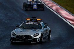 De Safety Car voor Sergio Sette Camara, Carlin en de rest