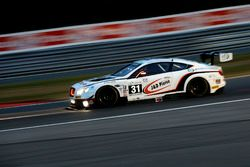 #31 Team Parker Racing Bentley Continental GT3: Seb Morris, Derek Pierce, Rob Smith, Andy Meyrick
