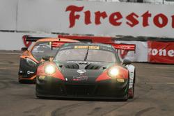 #96 Pfaff Motorsports Porsche 911 GT3 R: Scott Hargrove