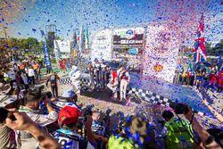 Podium: vainqueurs Sébastien Ogier, Julien Ingrassia, M-Sport Ford WRT Ford Fiesta WRC, deuxième place Dani Sordo, Carlos Del Barrio, Hyundai Motorsport Hyundai i20 Coupe WRC, troisième place Kris Meeke, Paul Nagle, Citroën World Rally Team Citroën C3 WRC