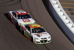 Matt Kenseth, Joe Gibbs Racing Toyota passed Chase Elliott, Hendrick Motorsports Chevrolet for the lead and the win