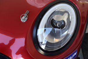 Mini John Cooper Works Lite, Mini Italia, dettaglio di un fanale anteriore