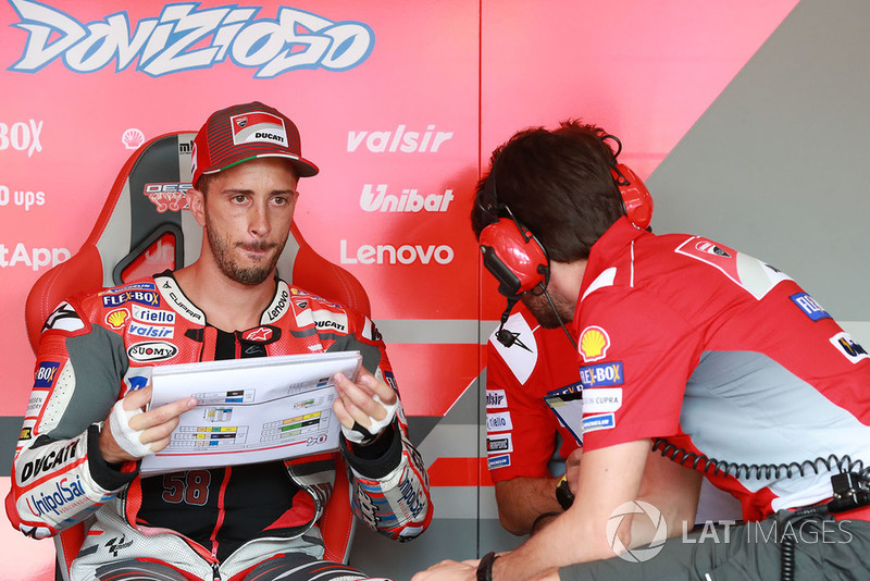 """Andrea Dovizioso: """"A Ducati não assinou com Lorenzo para vencer duas corridas. Honestamente, estou um pouco farto dessa situação"""""""