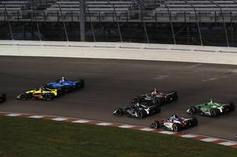 Choque de Sebastien Bourdais, Dale Coyne Racing with Vasser-Sullivan Honda, Ed Jones, Chip Ganassi Racing Honda