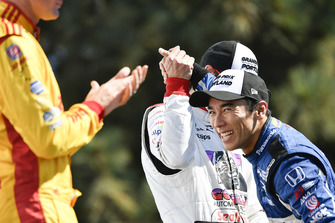 Takuma Sato, Rahal Letterman Lanigan Racing Honda viert de zege