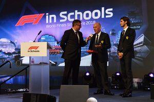David Croft, commentatore Sky TV, Jock Clear, Chief Engineer Ferrari, e Antonio Giovinazzi, Ferrari