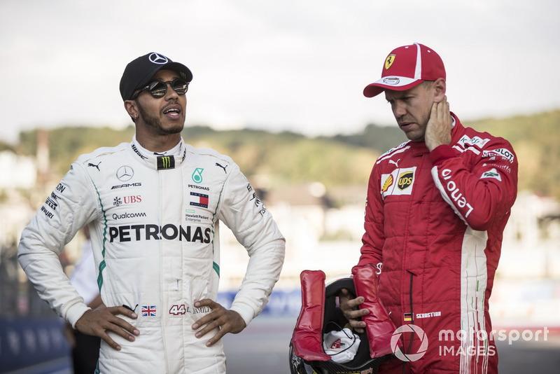 Lewis Hamilton, Mercedes AMG F1, dan Sebastian Vettel, Ferrari