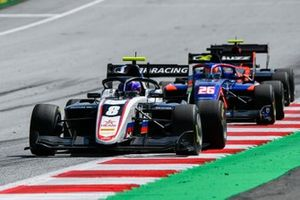 Alexander Smolvar, ART Grand Prix and Clement Novalak, Carlin BUZZ RACING