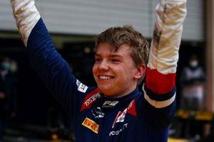Ganador Robert Shwartzman, Prema Racing