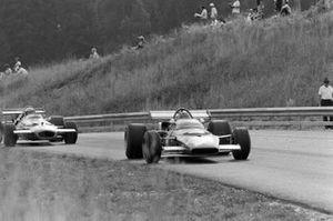 Игнацио Джунти, Ferrari 312B и Джек Брэбэм, Brabham BT33 Ford