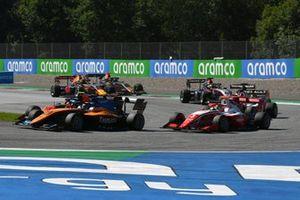 Alexander Peroni, Campos Racing, leads Lukas Dunner, MP Motorsport, and Logan Sargeant, Prema Racing