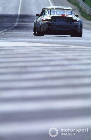 #78 Porsche GT3-R: Bernhard Chauvin, Angelo Zadra, Jean-Luc Maury-Laribiere