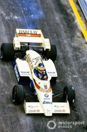 Thierry Boutsen, Arrows A6 Ford, con humo en la parte trasera