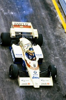 Thierry Boutsen, Arrows A6 Ford, with smoke at the rear