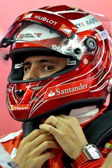 Felipe Massa, Ferrari with his special edition helmet