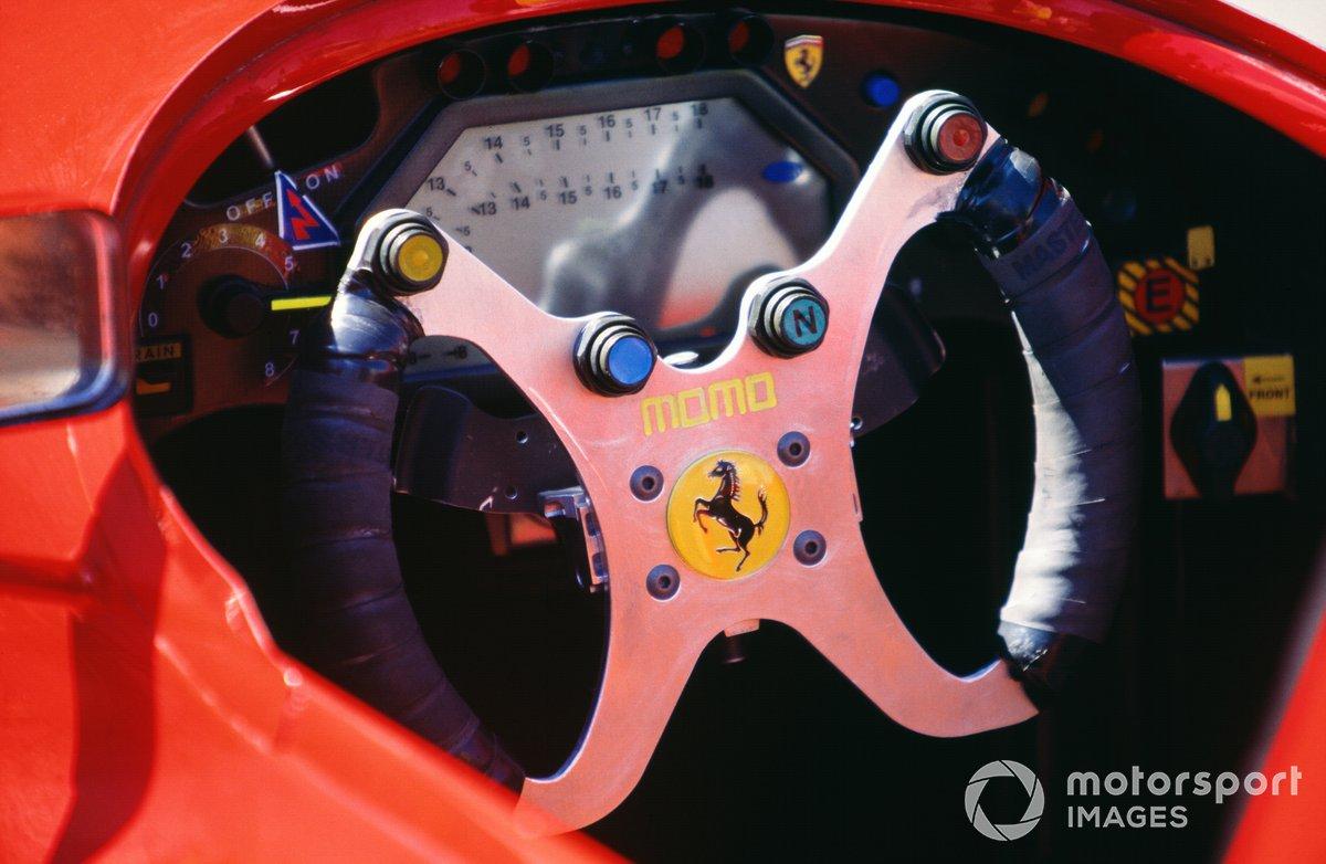 Руль Ferrari 412T2 на Гран При Испании 1995 года