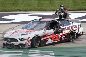 Ganador Cole Custer, Stewart-Haas Racing, Ford Mustang, Clint Bowyer, Stewart-Haas Racing, Ford Mustang