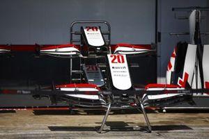 Ailerons avant de Kevin Magnussen Haas VF-20 dans la voie des stands